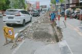 Pemkot stop sementara galian pipa PDAM di KBC Mataram