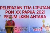 Direktur Pemberitaan Perum LKBN Antara Akhmad Munir memberikan sambutan saat Pelepasan Tim Liputan PON Papua di Wisma Antara, Jakarta, Jumat (24/9/2021). Perum LKBN Antara memberangkatkan 66 pewarta untuk meliput Pekan Olahraga Nasional (PON) Papua yang akan berlangsung pada 2-15 Oktober 2021. ANTARA FOTO/Galih Pradipta/wsj.