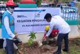 Program lingkungan PT PLN UP3 Biak tanam 100 pohon produktif