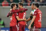 Liga Jerman-Bayern tundukkan Fuerth 3-1 walau tuntaskan laga dengan sepuluh pemain