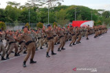 Kapolda Riau lepas 100 personel Brimob pengamanan Papua