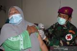 Lantamal XIII Gencarkan Vaksin COVID-19 di Perbatasan Indonesia - Malaysia
