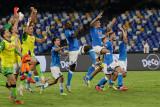 Napoli bungkam Cagliari