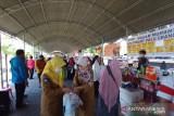 Puluhan pedagang ramaikan pasar murah  di Kota Palu