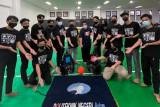 Poltek Batam juarai Kontes Robot Indonesia Kemendikbud