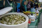 Jajanan Kuliner Penyintas Bencana di Huntara Lere