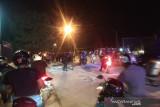 Polisi bubarkan demonstran peringati dua tahun tewasnya Randi dan Yusuf