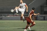 Pesepak bola Bali United Ilija Spasojevic menendang bola dalam pertandingan melawan Borneo FC, lanjutan Liga 1 2021 di Tangerang, Banten, Selasa (28/9/2021). Pertandingan berakhir imbang dengan skor 1-1. Bali Antaranews/Bali United/nym.