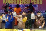 Polisi ungkap penjualan benih lobster ilegal asal Cilacap