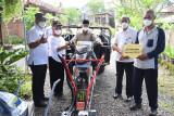 Sleman salurkan 21 alat mesin pertanian untuk kelompok tani