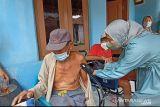 Jelang Natal-Tahun Baru, vaksinasi lansia dikebut