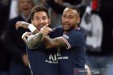 Gol perdana Messi bantu PSG bungkam Man City