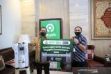 Pemkot Makassar terima bantuan 15 unit oksigen konsentrator dari Gojek