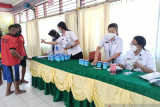 Cegah narkoba, 184 warga binaan dan pegawai Lapas Atambua jalani tes urin