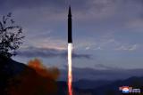 Korea Utara sebut AS berlebihan menyikapi uji rudal kapal selam