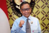 Mahfud MD: Korban pinjol ilegal tak usah membayar utangnya