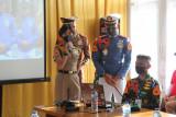 Taruna AAU bekali Paskibra Sulut di Lanud Sam Ratulangi