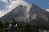 Tinggi kubah lava barat daya Merapi tambah 1 meter