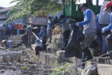 DLHK Mamuju ajak masyarakat jaga kebersihan muara sungai