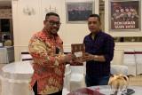 Gubernur Maluku bantu pengobatan dua mahasiswa korban bom Makassar Maret lalu
