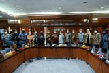 Dikunjungi Komisi VI DPR, Semen Gresik berbagi kiat hadapi persaingan dan pandemi