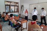 Pembelajaran tatap muka terbatas mulai dilaksanakan di Depok pada senin