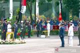 Presiden Jokowi anugerahkan tanda kehormatan kepada tiga prajurit TNI