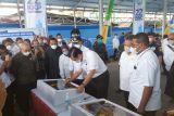 Menko Marves Luhut resmikan pasar ikan modern Fandoi Biak Papua