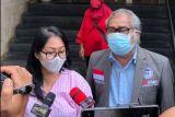 Seorang ibu laporkan oknum polisi ke Polda Metro Jaya