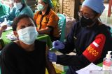 DPRD: Capaian vaksinasi di NTT meningkat berkat dukungan TNI/Polri