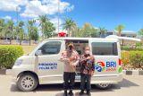 BRI Kupang bantu Polda  ambulans untuk layani vaksinasi COVID-19