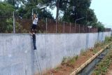Cegah penyelundupan narkotika, Lapas Kedungpane tambah kamera pengawas di luar tembok penjara
