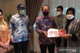 Risma kunjungi ahli waris keluarga Bung Karno untuk Rupiah emisi Tahun 2022
