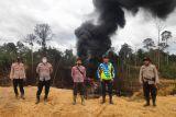Pemadaman api di sumur minyak ilegal  tunggu tim teknis Pertamina