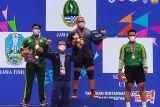 PON Papua - Lifter Carel Julius tambah koleksi medali emas Jabar PON XX