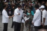 Jokowi resmikan program bantuan tunai untuk PKL