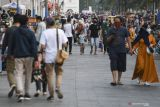 Anak di bawah usia 12 tahun wisata didampingi orang tua