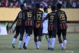 PON XX Papua - Semifinal sepak bola putra: Papua yang produktif, Kaltim paling efektif