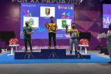 PON XX Papua - Lifter angkat berat Lampung raih medali emas