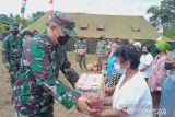 Satgas TMMD ke-112 Sangihe salurkan 100 paket bantuan kepada warga