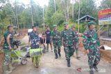 Aster Kasdam XIII Merdeka kunjungi lokasi TMMD ke-112 di Sangihe