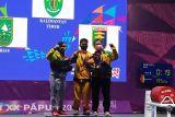 PON XX Papua - Widari persembahkan emas angkat berat untuk Kaltim