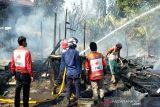 Kebakaran di Sampit hanguskan dua rumah warga