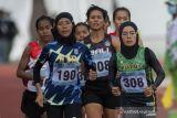 Pelari Sumatera Utara Agustina Mahardi  Raih Medali Emas Lomba Lari Putri 1.500 Meter  PON Papua