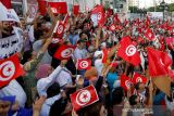 Ribuan warga Tunisia turun ke jalan lakukan aksi demo menentang Presiden Saied