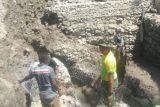Satgas Pamtas RI-Timor Leste bantu warga bangun penampungan air