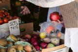 Prancis larang kemasan plastik untuk buah dan sayur mulai Januari 2022
