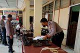Senjata api personel Polres Pasaman diperiksa Propam Polda Sumbar