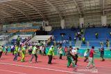 Penonton hingga panitia sukacita sambut emas pertama atletik PON Papua