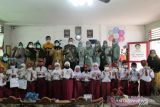 Sosialisasi & pembukaan rekening pelajar oleh Bank Kalsel Cabang Utama di SDN Seberang Mesjid 1 Banjarmasin.